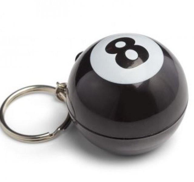 Mystic 8 Ball magická koule - Přívěšek na klíče Mystic 8 Ball magická koule - Přívěšek na klíče