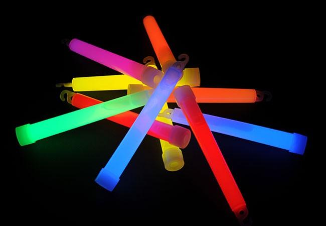 Svítící tyčinky 15 cm chemické světlo