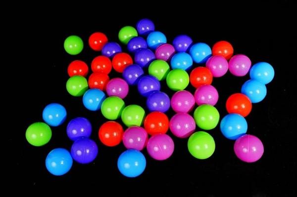 Plastové míčky 100ks (8cm)